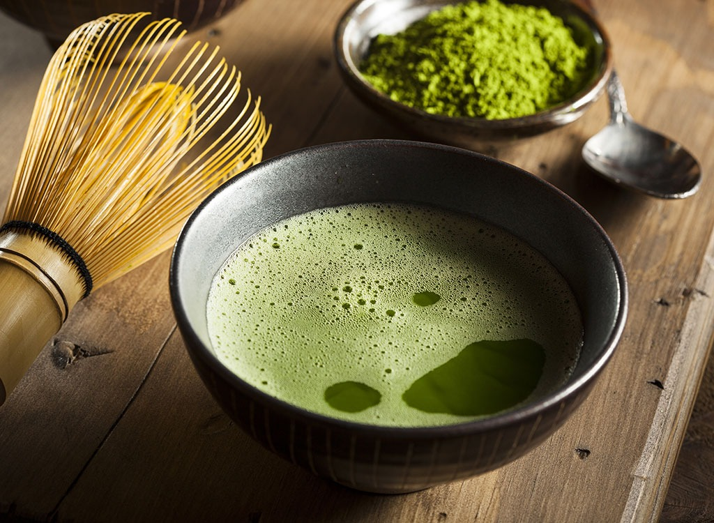 matcha-green-tea-powder-wisk